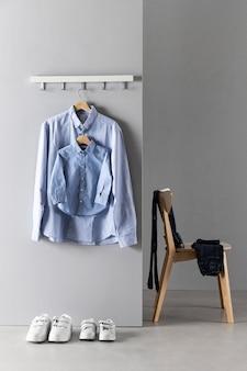 Disposition des vêtements père et fils