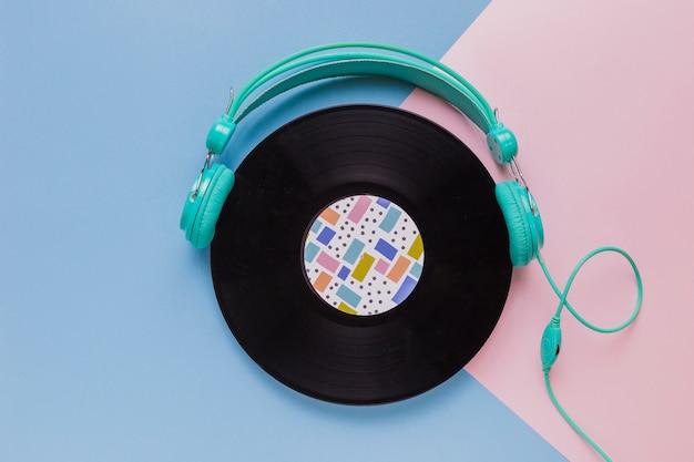 Disque vinyle avec écouteurs