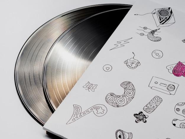 Les disques brillants dans leur cas reflétant la lumière