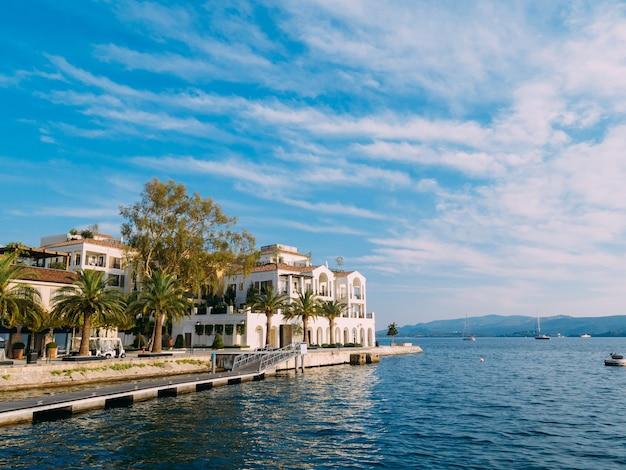 District de porto monténégro elite cottages villas au bord de la mer