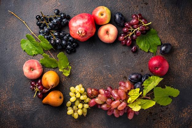 Divers fruits d'automne