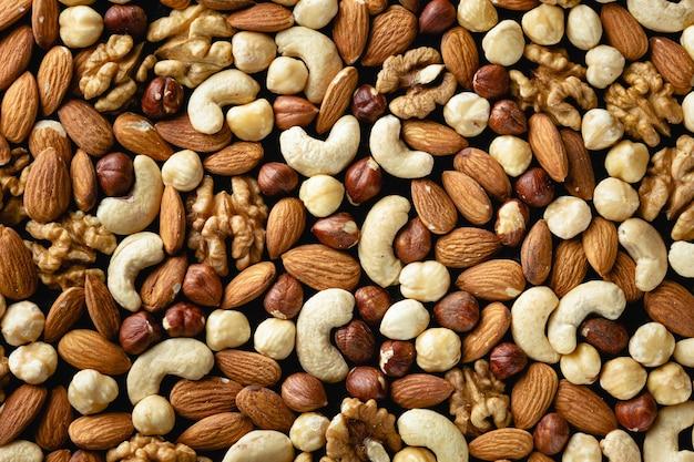 Diverses textures de noix. nourriture saine. vue de dessus.