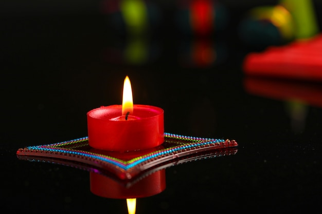 Diwali diya avec fire crackers