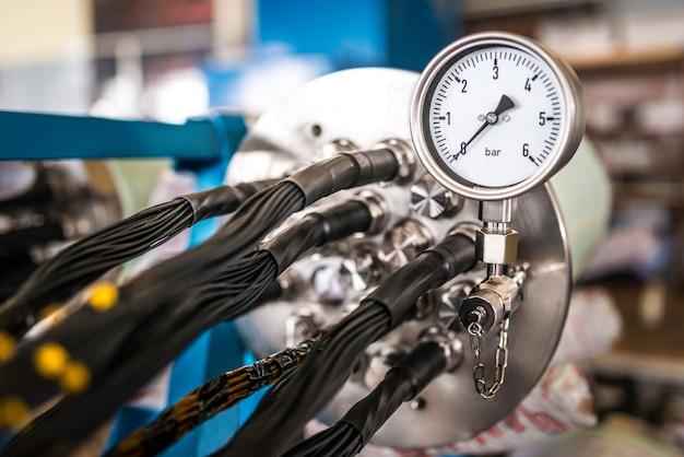 Dix industriel avec un régulateur de température