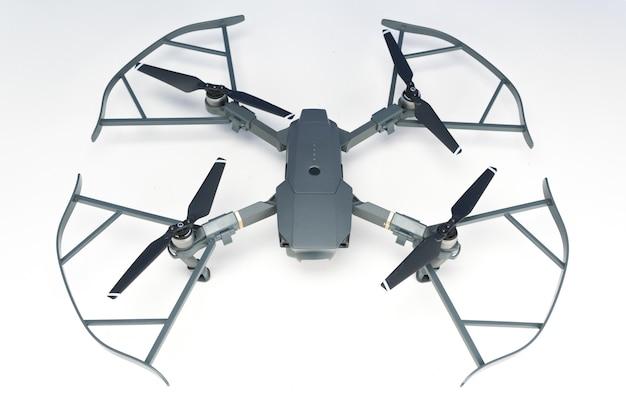 Dji mavic pro drone closeup, l'un des drones les plus portables du marché