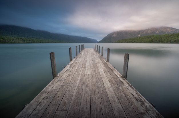 Dock à nelson lakes nouvelle-zélande