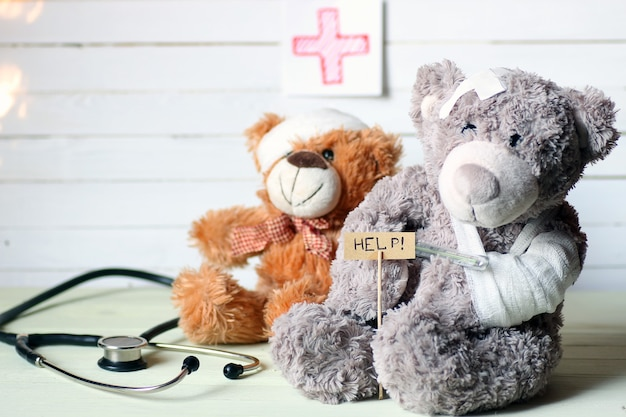 Docteur en peluche jouet