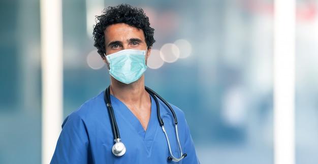 Docteur, porter, masque