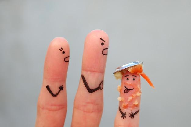 Doigts art de la famille pendant la querelle