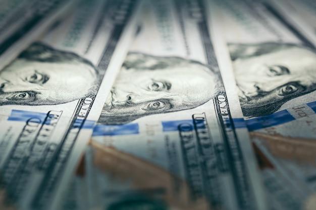 Dolar usa se bouchent.