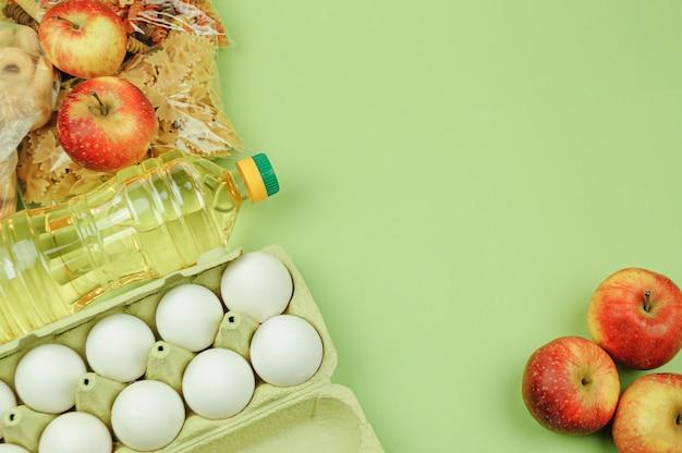 Don fond vert alimentaire avec copie espace. mise à plat. vue de dessus, maquette.
