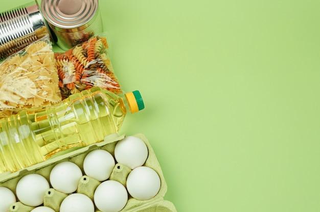 Don fond vert alimentaire avec copie espace.