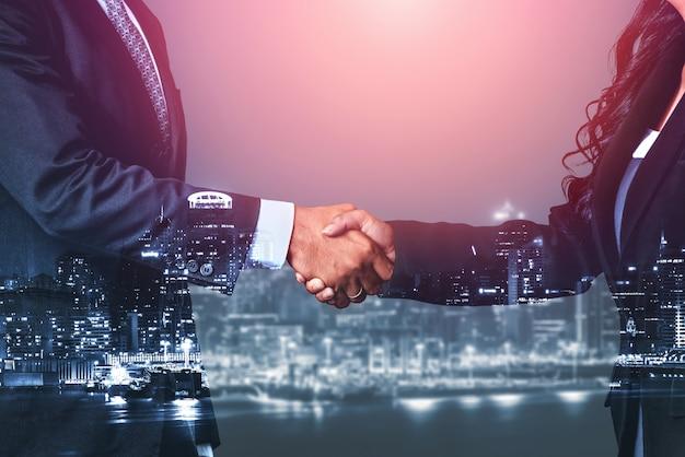 Double exposition image des affaires et des finances