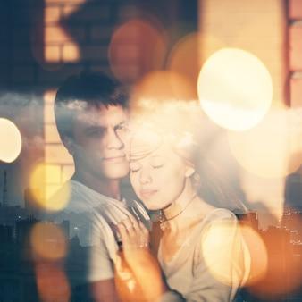 Double exposition portrait de couple amoureux