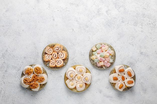 Douceurs orientales délice turc, lokum aux noix, vue de dessus.