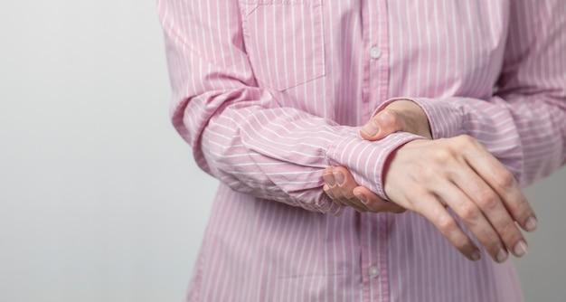 Douleur au poignet. blessure à la main