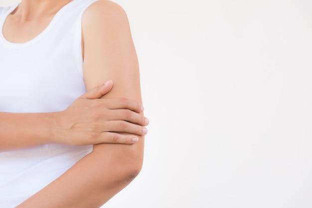 Douleur et blessure au bras. concept de soins de santé et médical.