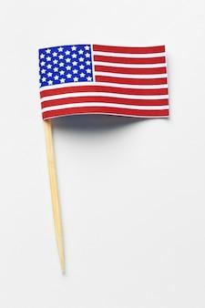 Drapeau américain isolé sur blanc