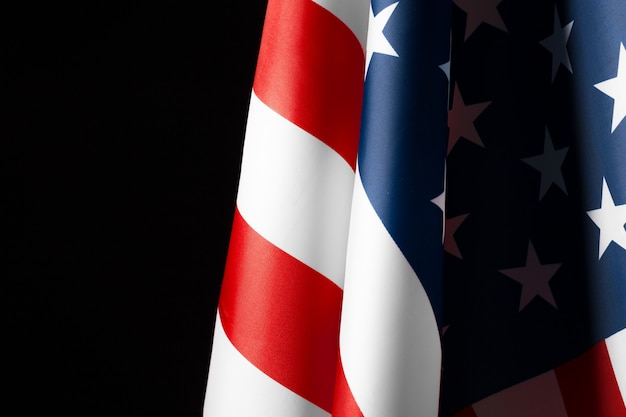 Drapeau américain magnifiquement agitant étoile et rayé