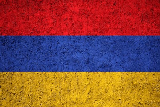 Drapeau arménie peint sur le mur de grunge