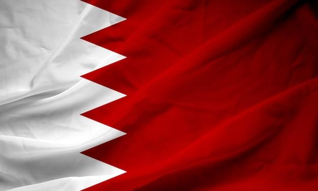 Drapeau de bahreïn sur texture satinée.