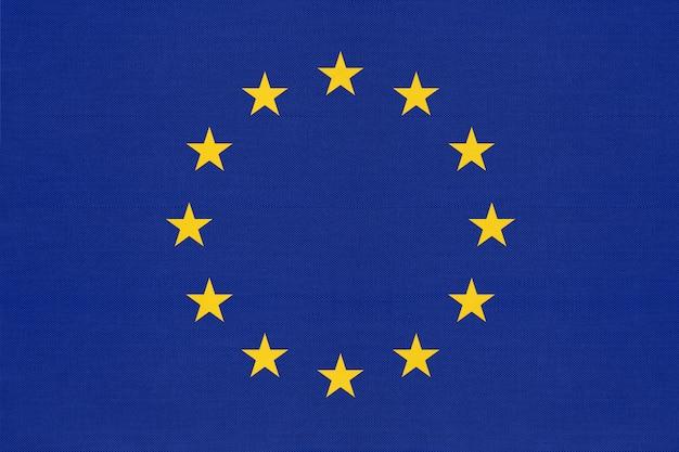 Drapeau bleu officiel de l'union européenne textile avec étoile.