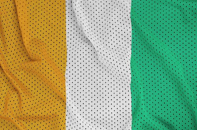 Drapeau de la côte d'ivoire imprimé sur un filet de nylon et polyester