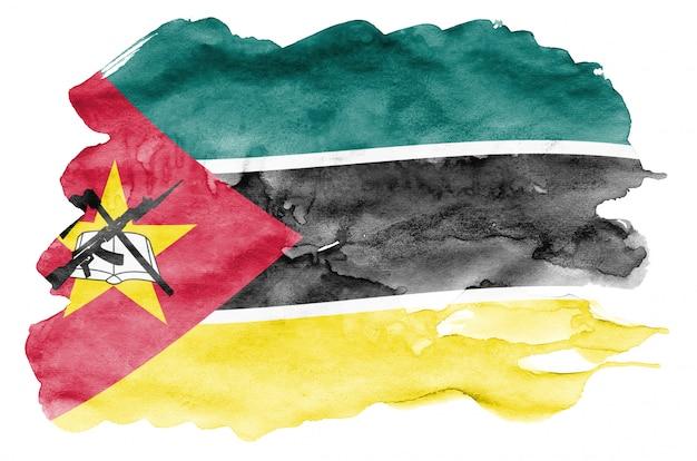 Le drapeau du mozambique est représenté dans un style aquarelle liquide isolé sur blanc