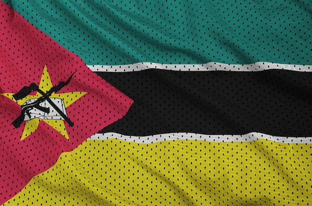 Drapeau du mozambique imprimé sur un tissu en maille de nylon sportswear en polyester
