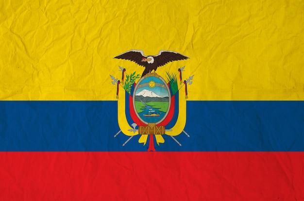 Drapeau de l'équateur avec du vieux papier vintage