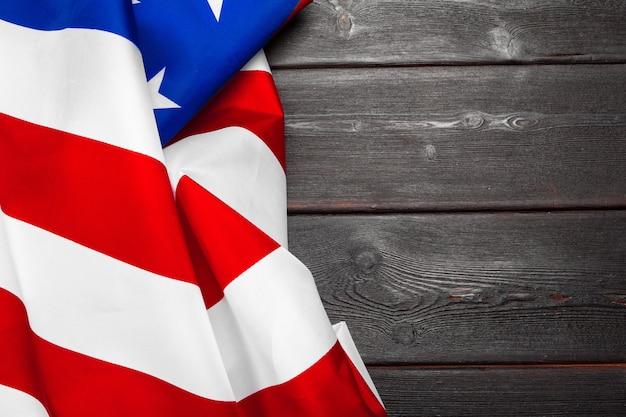 Drapeau des états-unis d'amérique sur bois