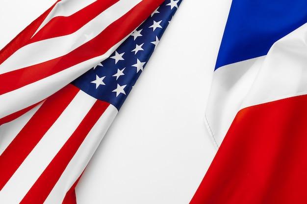 Drapeau des états-unis d'amérique et drapeau de la france