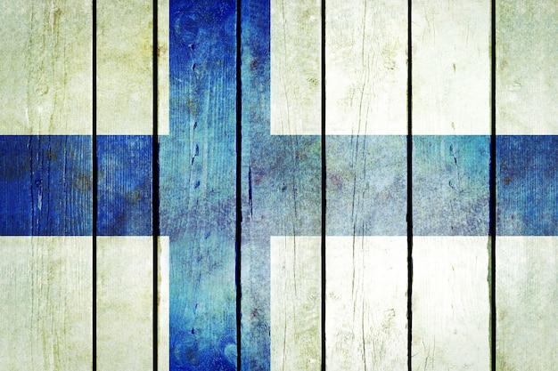 Le drapeau grunge en bois de la finlande.