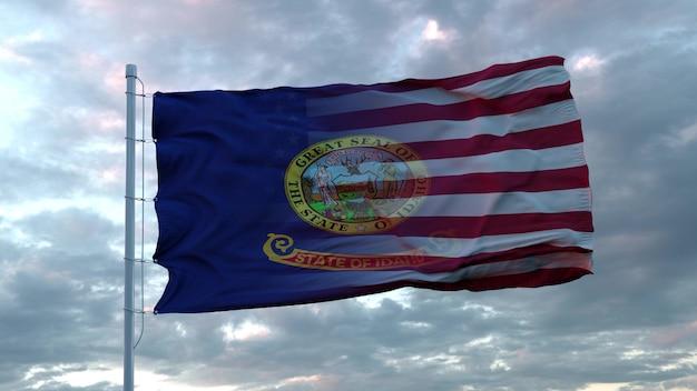 Drapeau mixte des états-unis et de l'idaho dans le vent