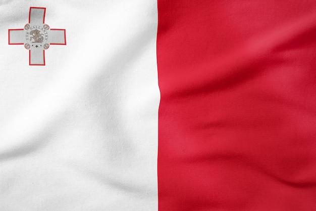 Drapeau national de malte - symbole patriotique de forme rectangulaire