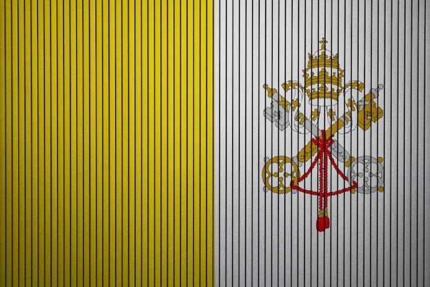 Drapeau national peint de la cité du vatican sur un mur de béton