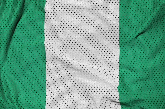 Drapeau nigérian imprimé sur un tissu de sportswear en nylon et polyester