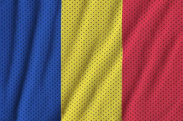 Drapeau roumain imprimé sur un tissu de sportswear en nylon et polyester