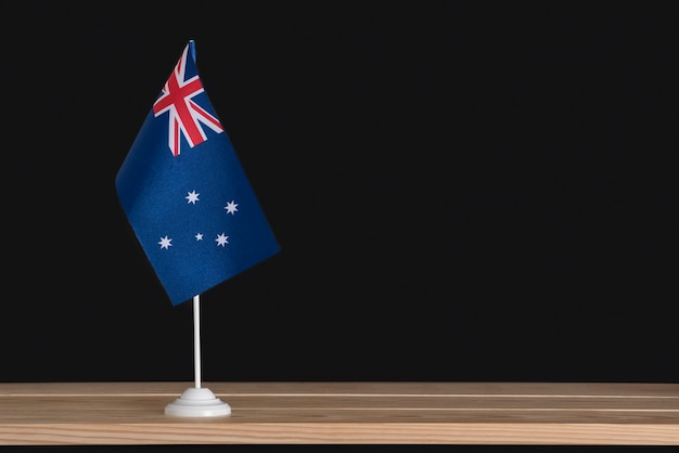Drapeau de la table nationale de l'australie sur fond noir