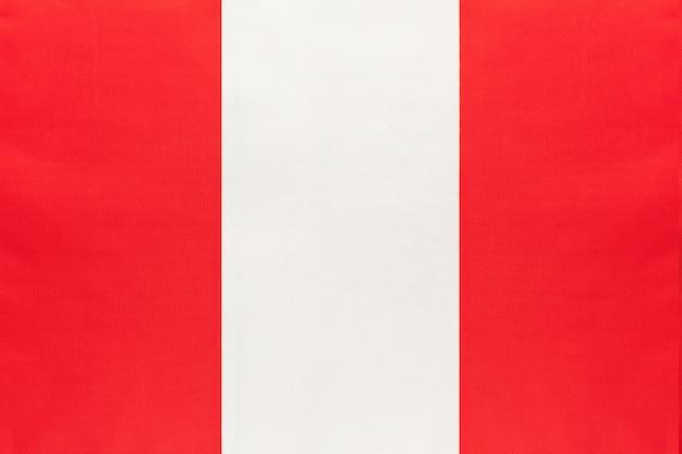 Drapeau de tissu national du pérou