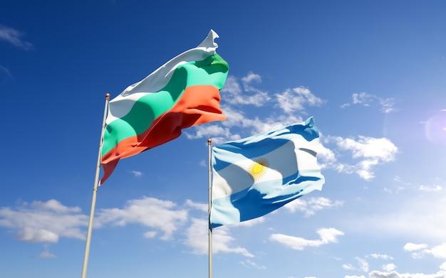 Drapeaux de l'argentine et de la bulgarie.