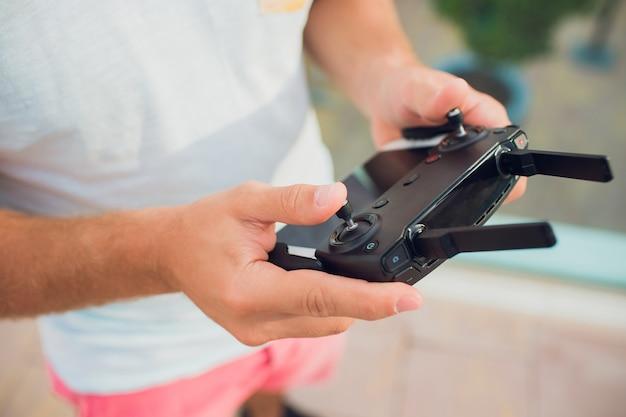 Drone télécommande loisirs loisirs loisirs technologie innovation concept.