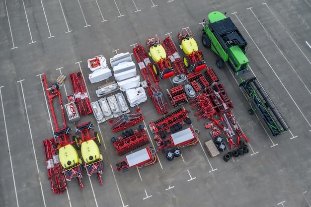 Drone view machines agricoles neuves à vendre sur place