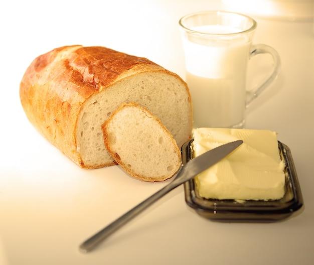 Du pain avec du beurre