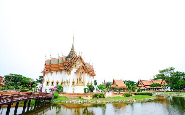 Dusit maha prasat palace bangkok