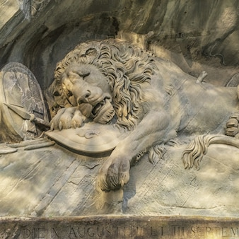 Dying lion wall monument, lucerne suisse