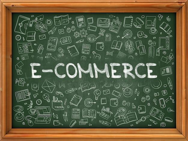 E-commerce dessiné à la main sur tableau vert. icônes de doodle dessinés à la main autour du tableau. illustration moderne avec style de ligne.