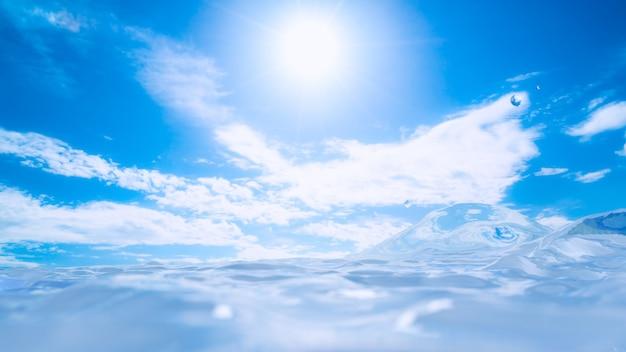L'eau des rayons du soleil et le ciel bleu fond 3d rendent