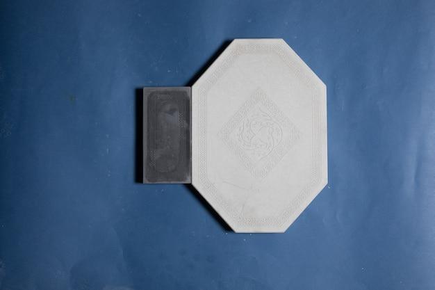 Échantillon de sol, forme de pierre de mur