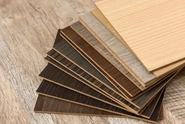 Échantillonneur de parquet en surface, catalogue de planches de chêne ou de stratifié